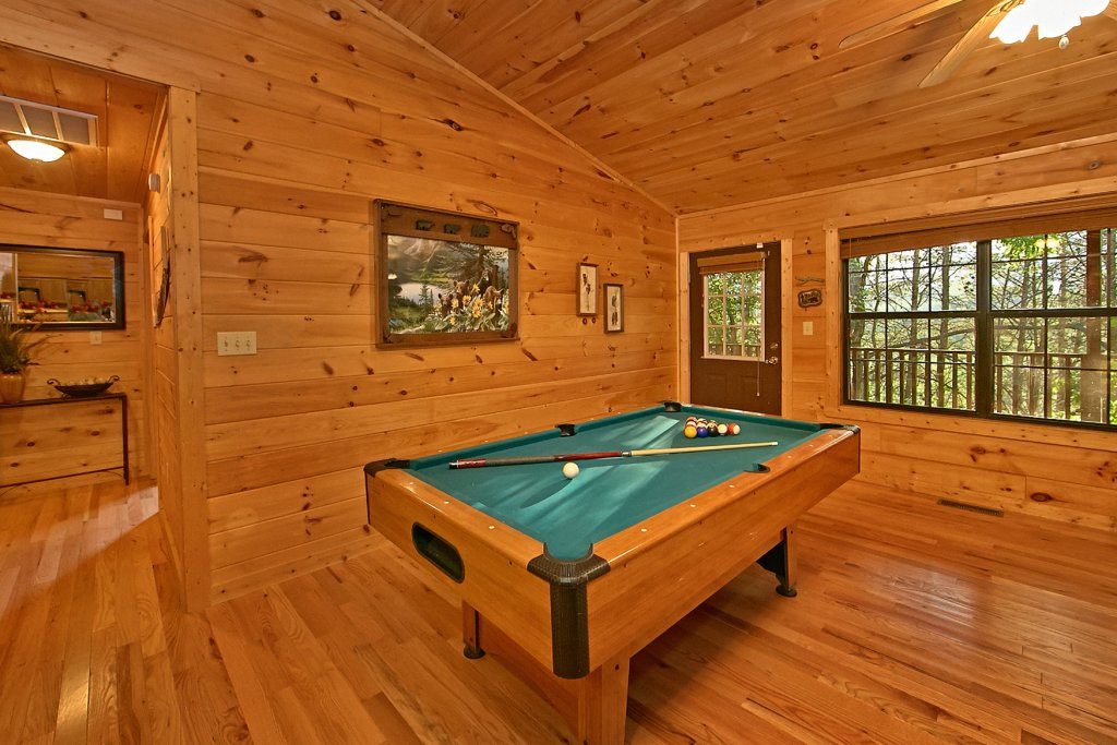 Photo of a Sevierville Cabin named Dream Maker #120 - This is the twenty-ninth photo in the set.