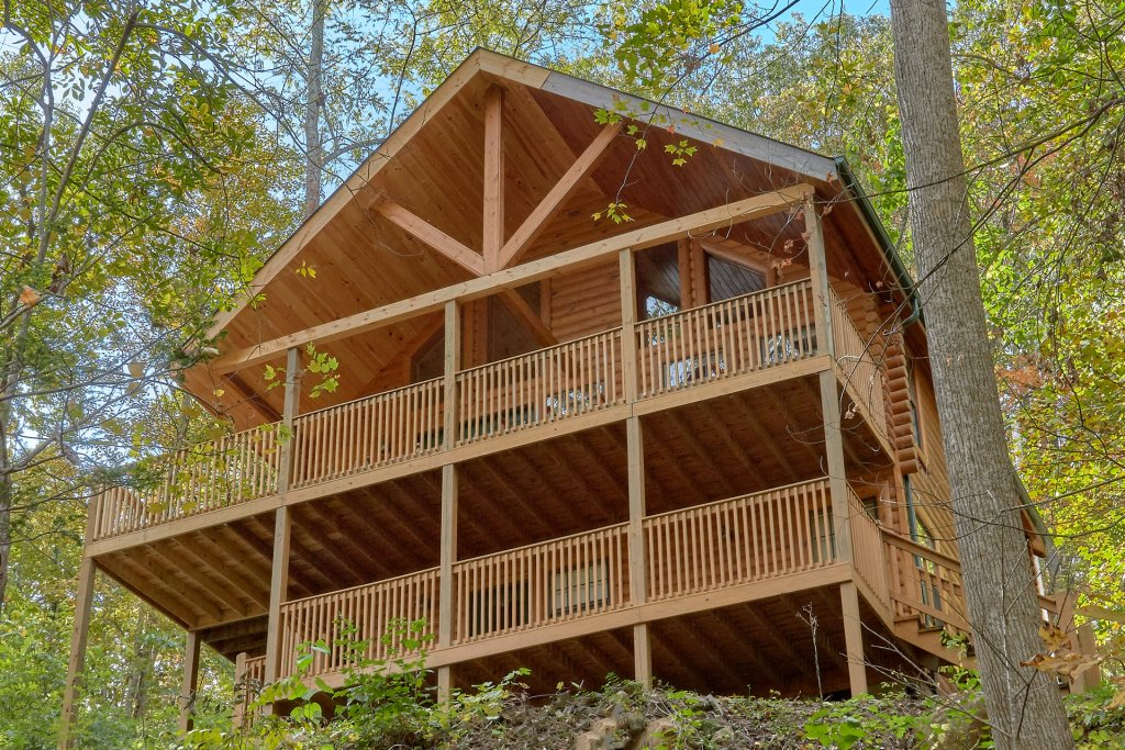 Photo of a Pigeon Forge Cabin named A Tranquility Den #210 - This is the first photo in the set.