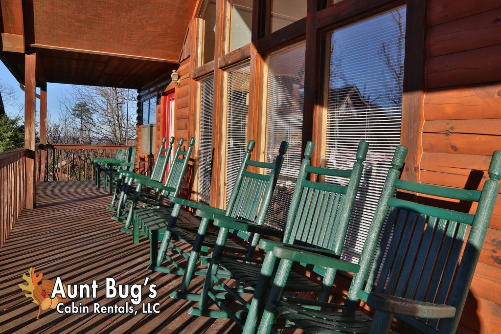 Photo of a Pigeon Forge Cabin named Sun-sational View #245 - This is the twelfth photo in the set.