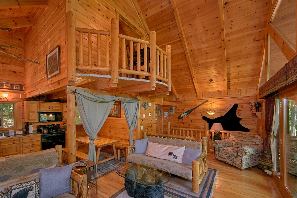 Photo of a Gatlinburg Cabin named Browns Bear Den #235 - This is the forty-first photo in the set.