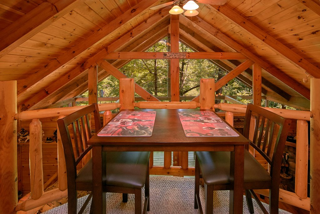 Photo of a Gatlinburg Cabin named Browns Bear Den #235 - This is the thirty-second photo in the set.