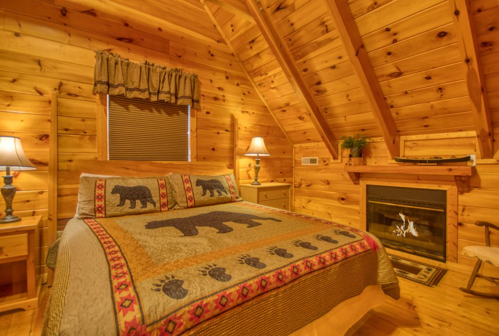 Photo of a Pigeon Forge Cabin named Buddy Bear #249 - This is the twentieth photo in the set.