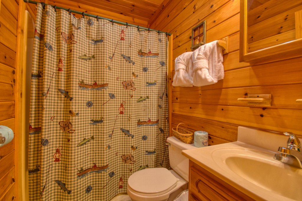 Photo of a Pigeon Forge Cabin named Beneath The Stars #220 - This is the fourteenth photo in the set.