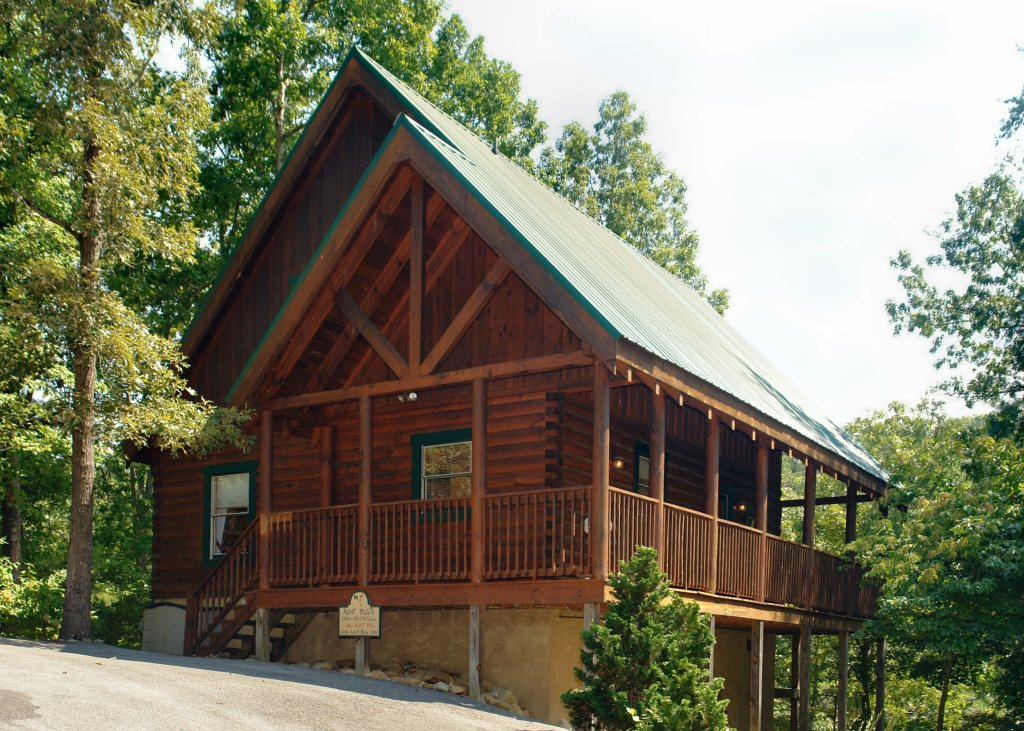 Photo of a Pigeon Forge Cabin named Buddy Bear #249 - This is the first photo in the set.