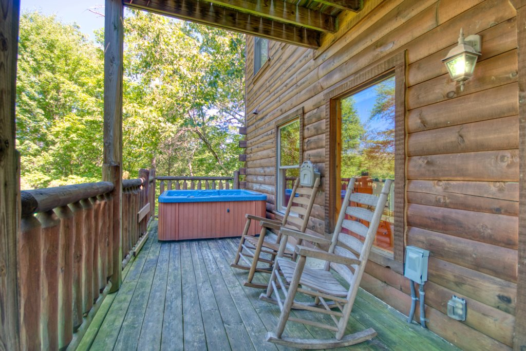 Photo of a Gatlinburg Cabin named Mountain Paradise #295 - This is the fifteenth photo in the set.