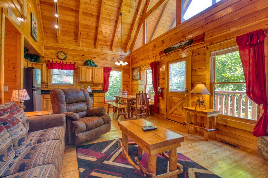 Photo of a Gatlinburg Cabin named Mountain Paradise #295 - This is the third photo in the set.