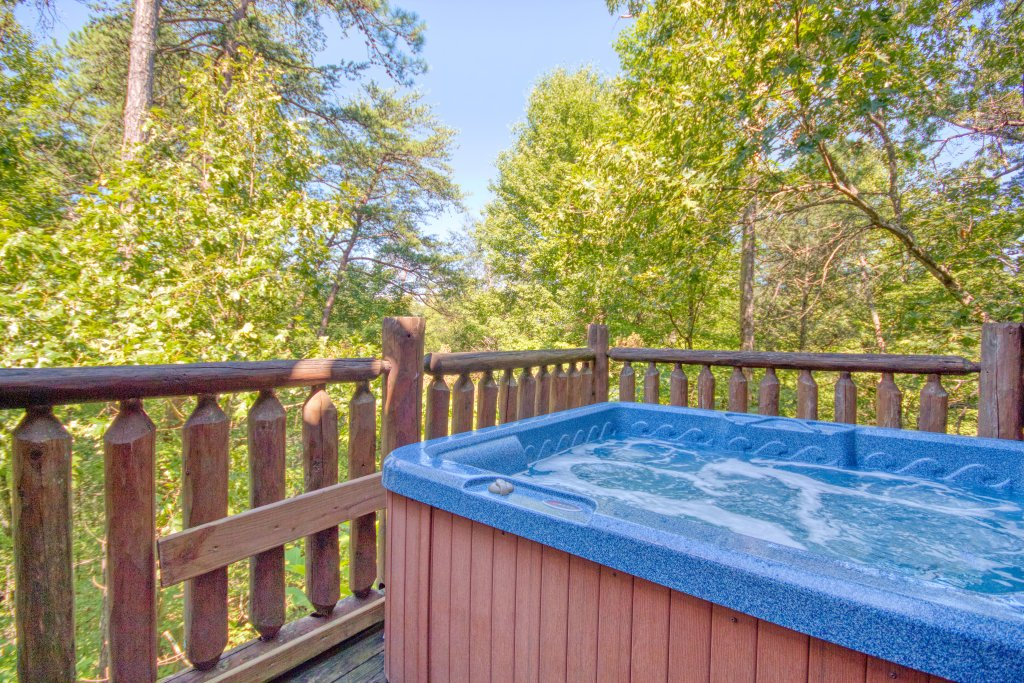Photo of a Gatlinburg Cabin named Mountain Paradise #295 - This is the sixteenth photo in the set.