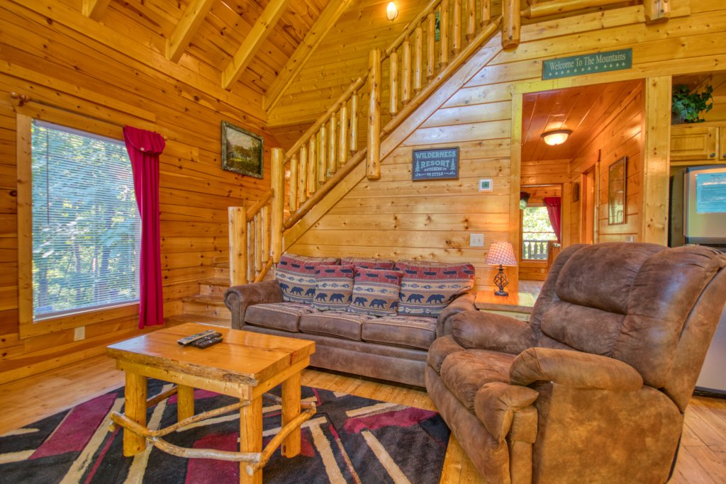 Photo of a Gatlinburg Cabin named Mountain Paradise #295 - This is the fourth photo in the set.