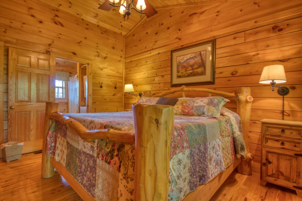 Photo of a Pigeon Forge Cabin named Buckhead #259 - This is the seventeenth photo in the set.