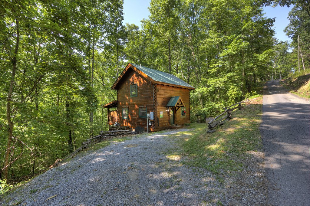 Photo of a Sevierville Cabin named Smoky Mountain Memories #107 - This is the twenty-fifth photo in the set.