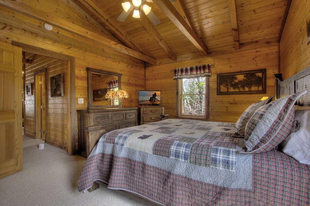 Photo of a Gatlinburg Cabin named Almost Heaven #205 - This is the fifteenth photo in the set.