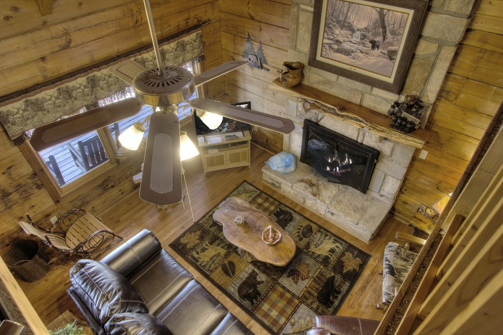 Photo of a Gatlinburg Cabin named Almost Heaven #205 - This is the twenty-fourth photo in the set.
