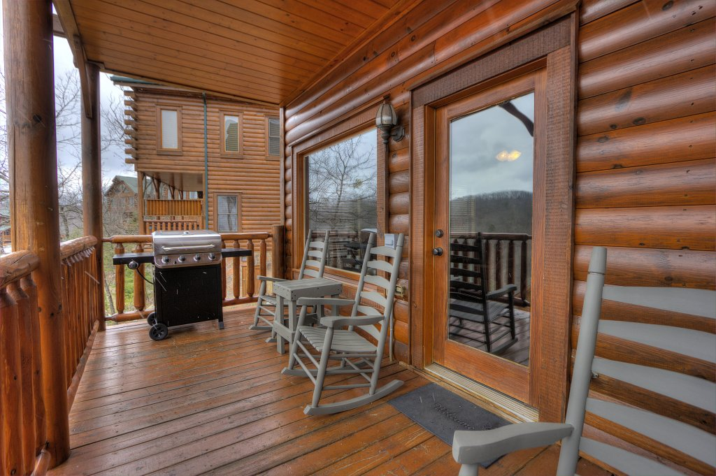 Photo of a Pigeon Forge Cabin named Lasting Impressions #240 - This is the twenty-third photo in the set.