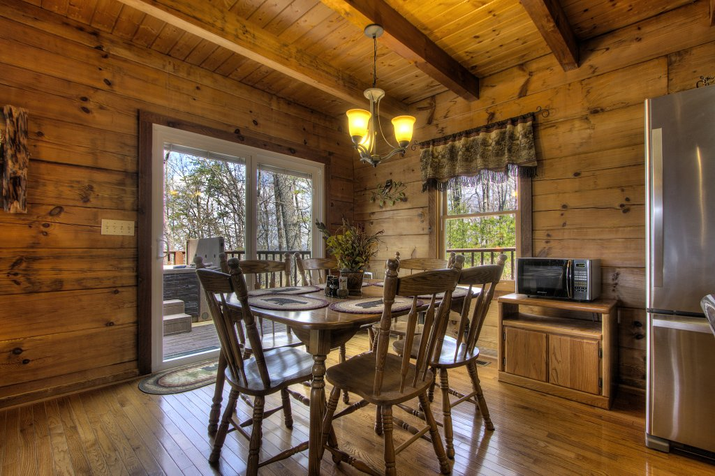 Photo of a Gatlinburg Cabin named Almost Heaven #205 - This is the thirty-ninth photo in the set.