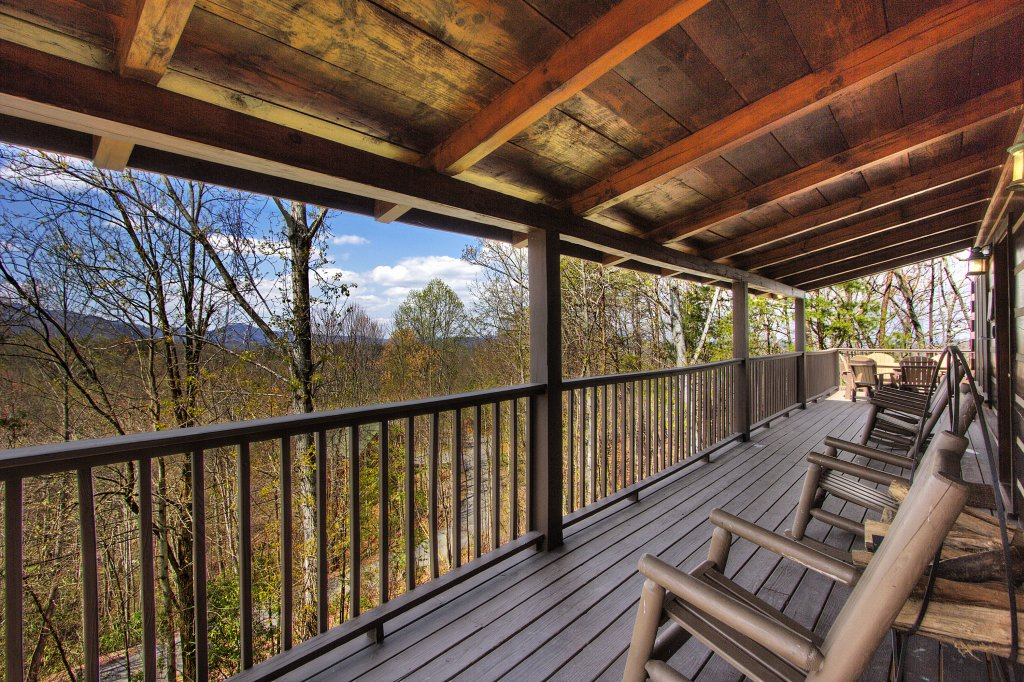Photo of a Gatlinburg Cabin named Almost Heaven #205 - This is the sixtieth photo in the set.