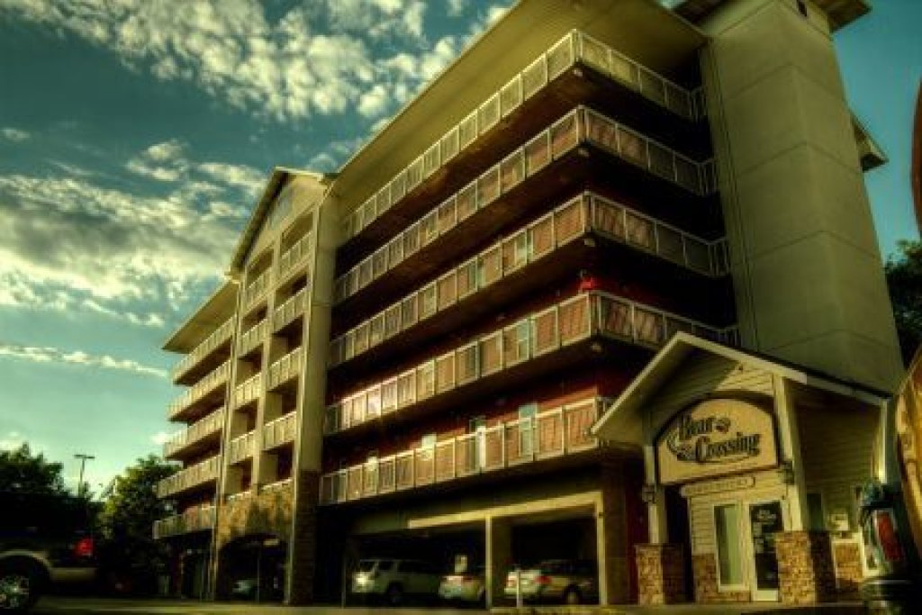 Photo of a Pigeon Forge Condo named Bear Crossing 203 - This is the twenty-second photo in the set.