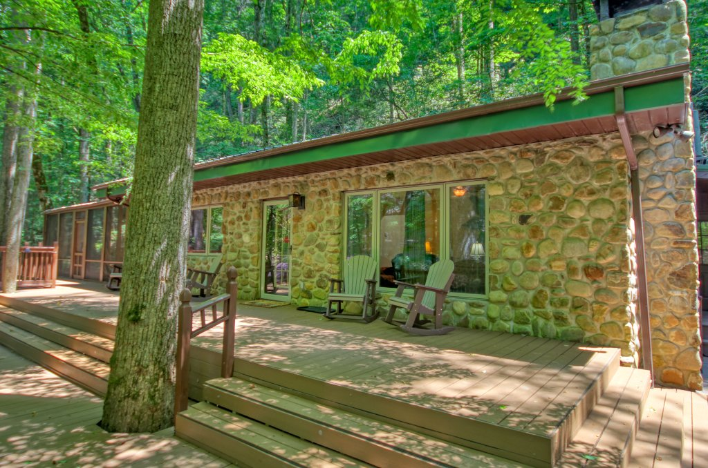 Photo of a Sevierville Cabin named The Promise At Cool Creek #130 - This is the second photo in the set.