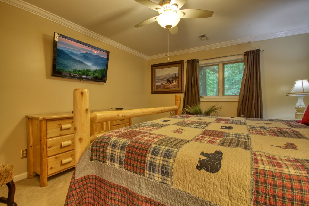 Photo of a Sevierville Cabin named The Promise At Cool Creek #130 - This is the thirteenth photo in the set.