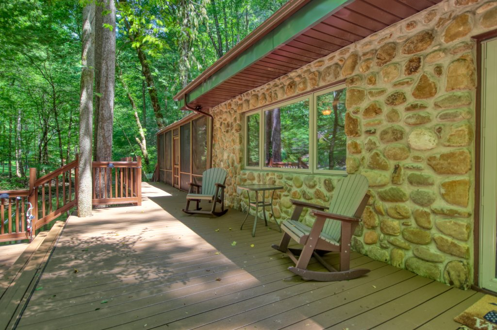 Photo of a Sevierville Cabin named The Promise At Cool Creek #130 - This is the nineteenth photo in the set.