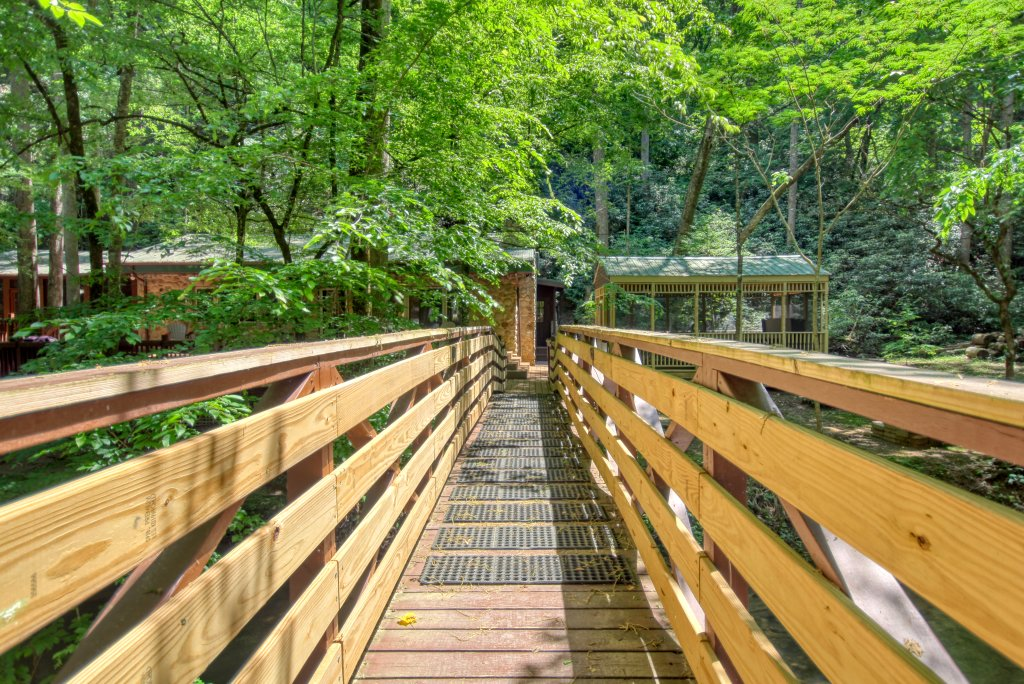 Photo of a Sevierville Cabin named The Promise At Cool Creek #130 - This is the twenty-first photo in the set.