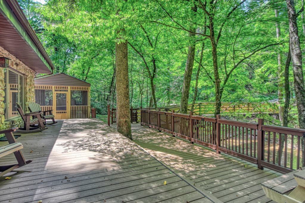 Photo of a Sevierville Cabin named The Promise At Cool Creek #130 - This is the twenty-second photo in the set.