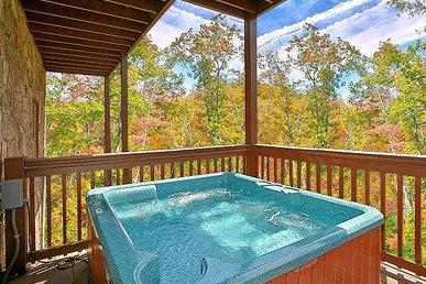 Mountain Flower, 4 Bedrooms, Game Room, Hot Tub, Pool Access, Sleeps 11