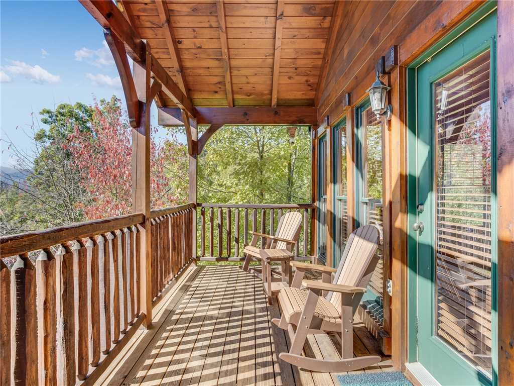 Photo of a Gatlinburg Cabin named Heaven's View - This is the first photo in the set.