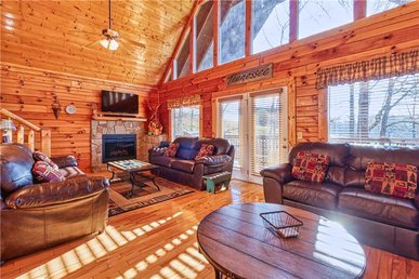 Smoky Mountain Retreat, 5 Bedrooms, Hot Tub, Wifi, Theater Room, Sleeps 16