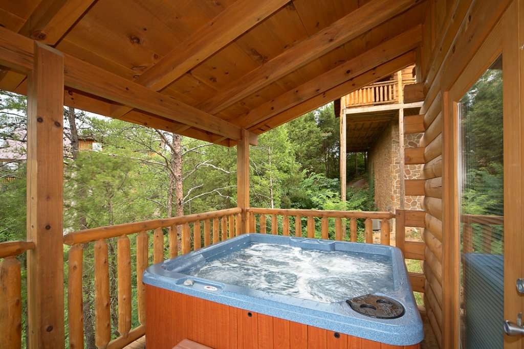 Photo of a Pigeon Forge Cabin named Dream Catcher Ii - This is the second photo in the set.