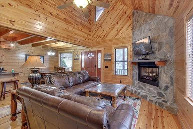 Easy As Pie, 2 Bedrooms, Hot Tub, Arcade, Pool Access, Sleeps 8