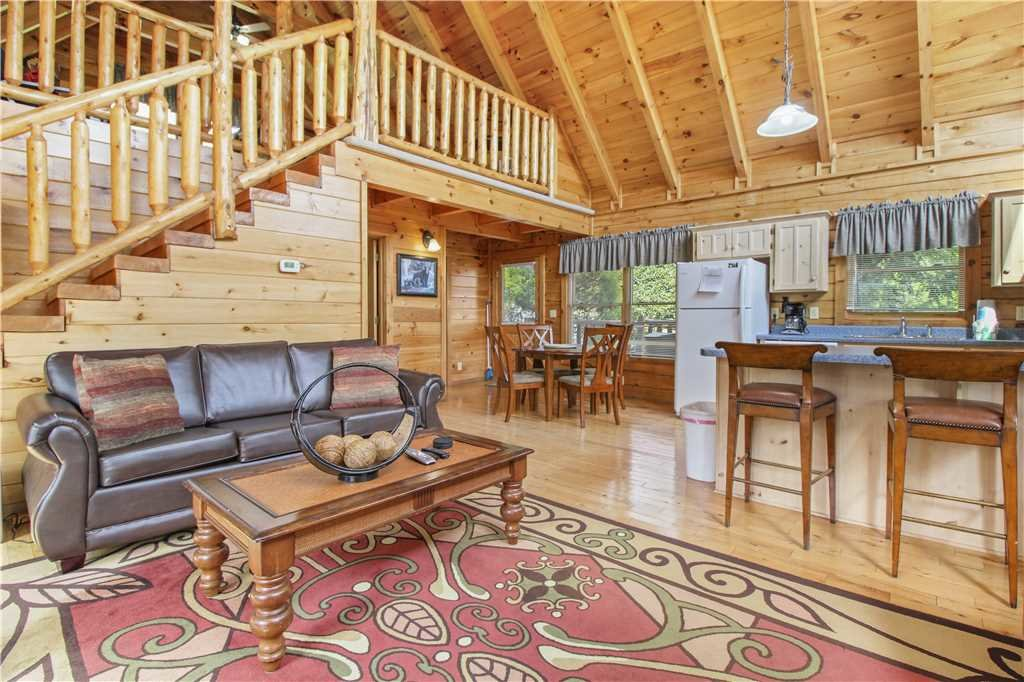 Photo of a Pigeon Forge Cabin named Dream Catcher Ii - This is the third photo in the set.