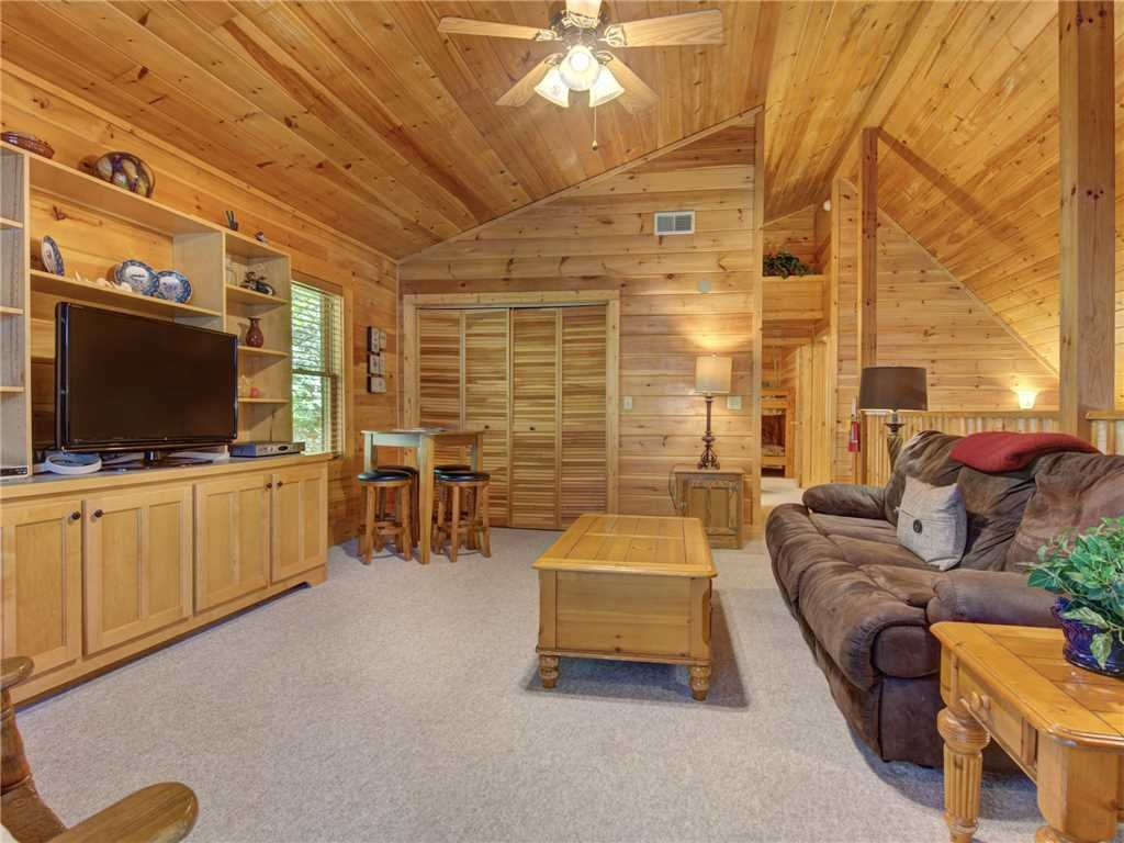 Photo of a Gatlinburg Cabin named Mountain Haven - This is the fourteenth photo in the set.