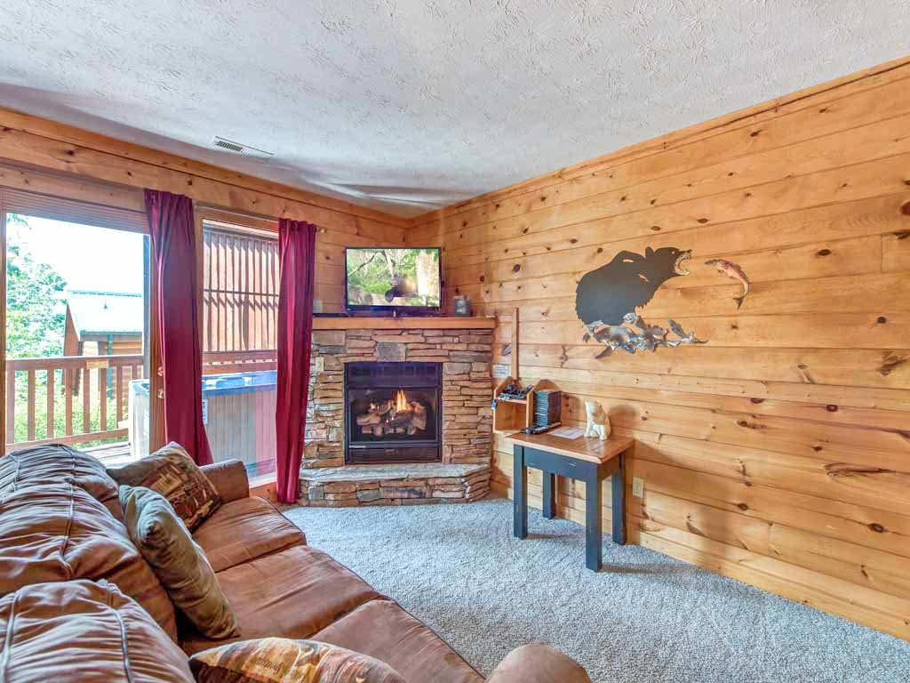 Photo of a Gatlinburg Cabin named Fireside View - This is the ninth photo in the set.