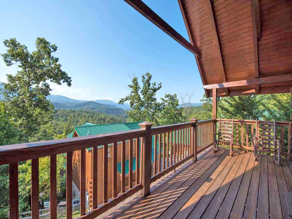 Photo of a Gatlinburg Cabin named Fireside View - This is the eighteenth photo in the set.