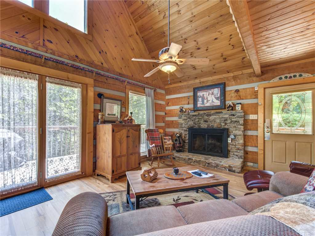 Photo of a Sevierville Cabin named Somewhere A Place For Us - This is the first photo in the set.