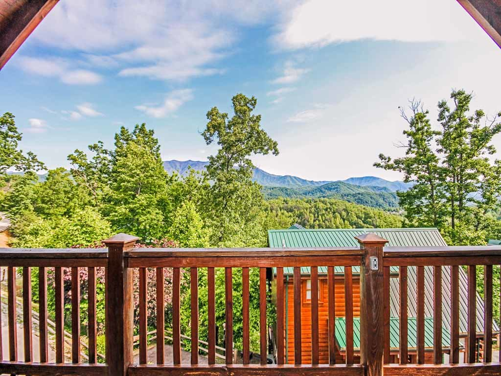 Photo of a Gatlinburg Cabin named Fireside View - This is the seventeenth photo in the set.