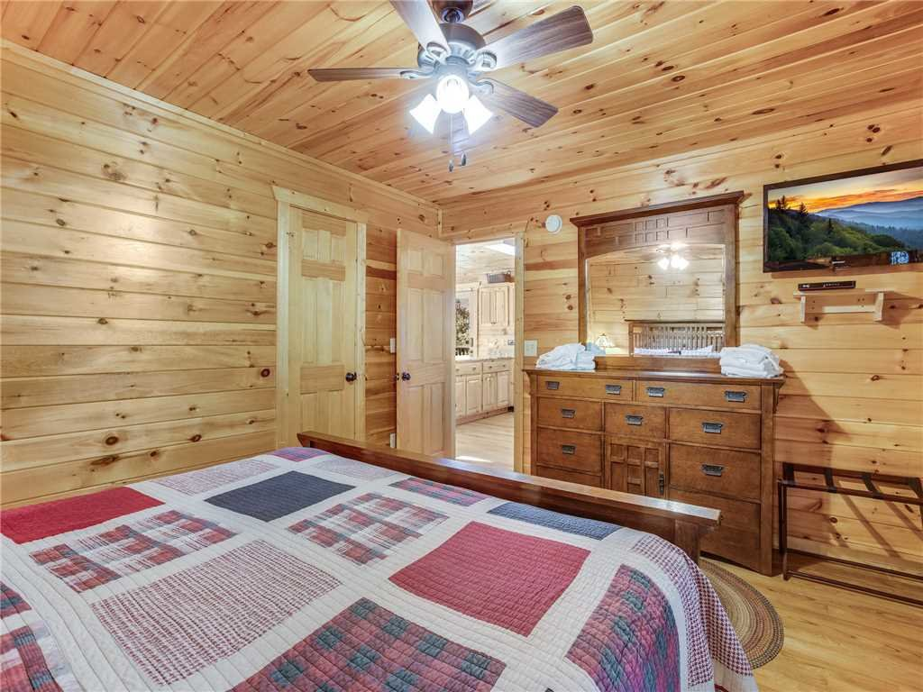 Photo of a Gatlinburg Cabin named Gatlinburg Summit Views - This is the sixteenth photo in the set.