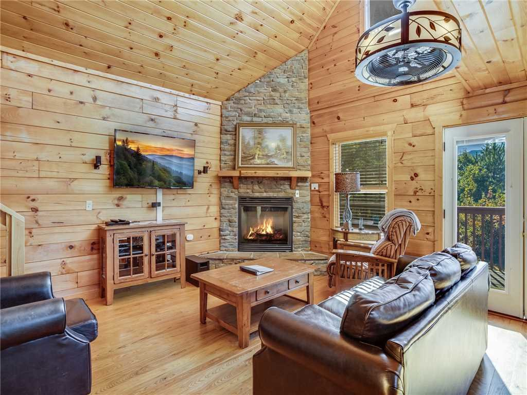 Photo of a Gatlinburg Cabin named Gatlinburg Summit Views - This is the fourth photo in the set.