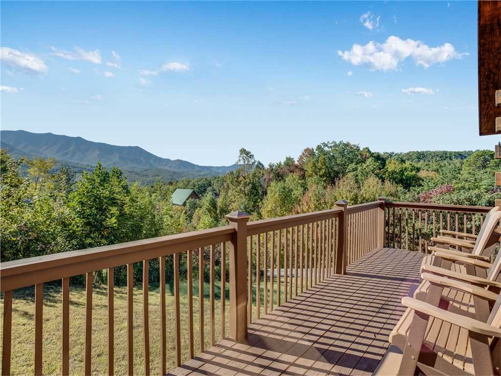 Photo of a Gatlinburg Cabin named Gatlinburg Summit Views - This is the first photo in the set.