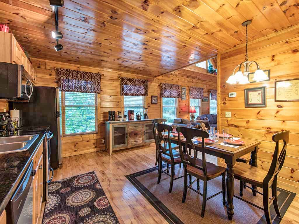Photo of a Sevierville Cabin named Makin Memories - This is the seventh photo in the set.