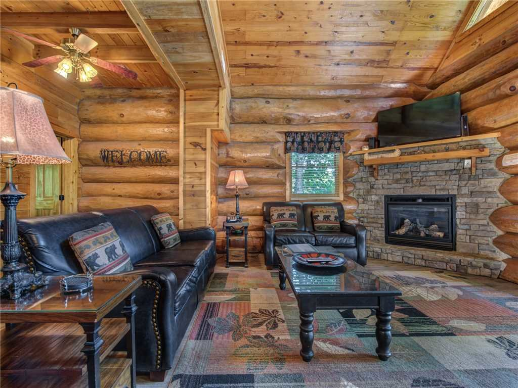 Photo of a Gatlinburg Cabin named American Heritage - This is the first photo in the set.