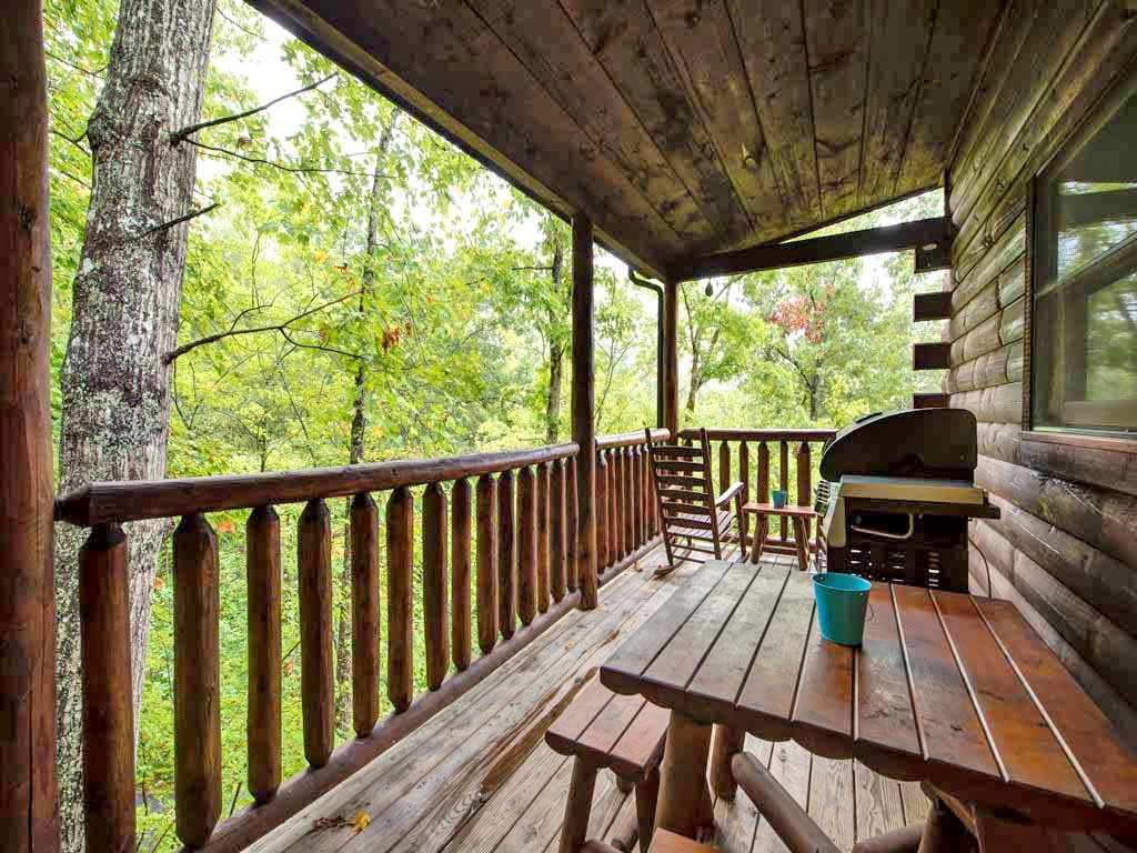 Photo of a Sevierville Cabin named Makin Memories - This is the twenty-second photo in the set.