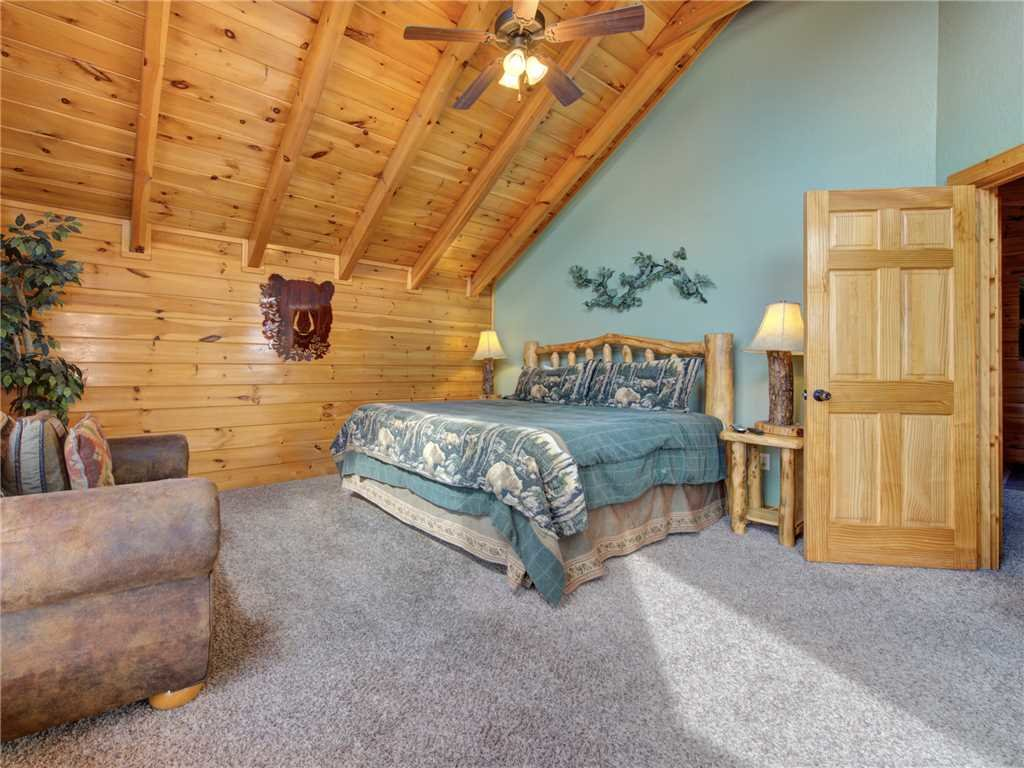Photo of a Gatlinburg Cabin named Destiny's Heavenly View - This is the twelfth photo in the set.