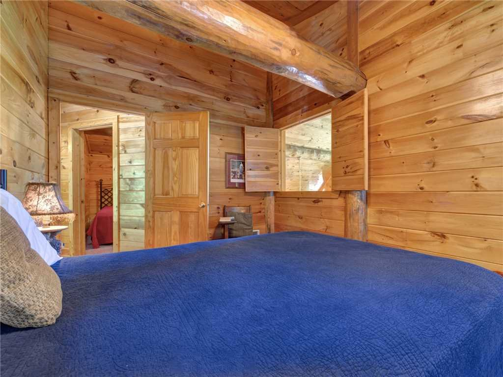 Photo of a Gatlinburg Cabin named American Heritage - This is the twenty-first photo in the set.