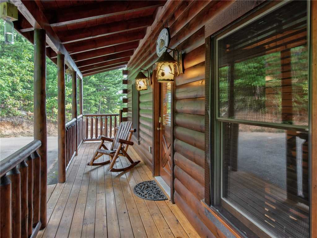 Photo of a Gatlinburg Cabin named View Catcher - This is the twenty-eighth photo in the set.