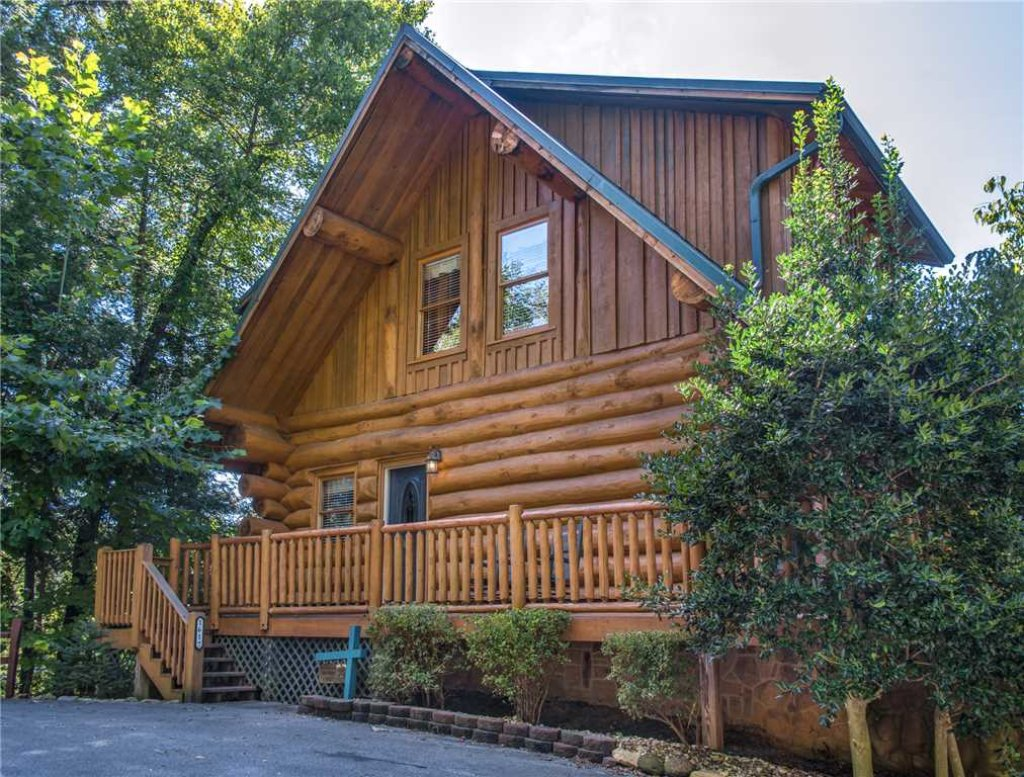 Photo of a Gatlinburg Cabin named American Heritage - This is the thirty-first photo in the set.