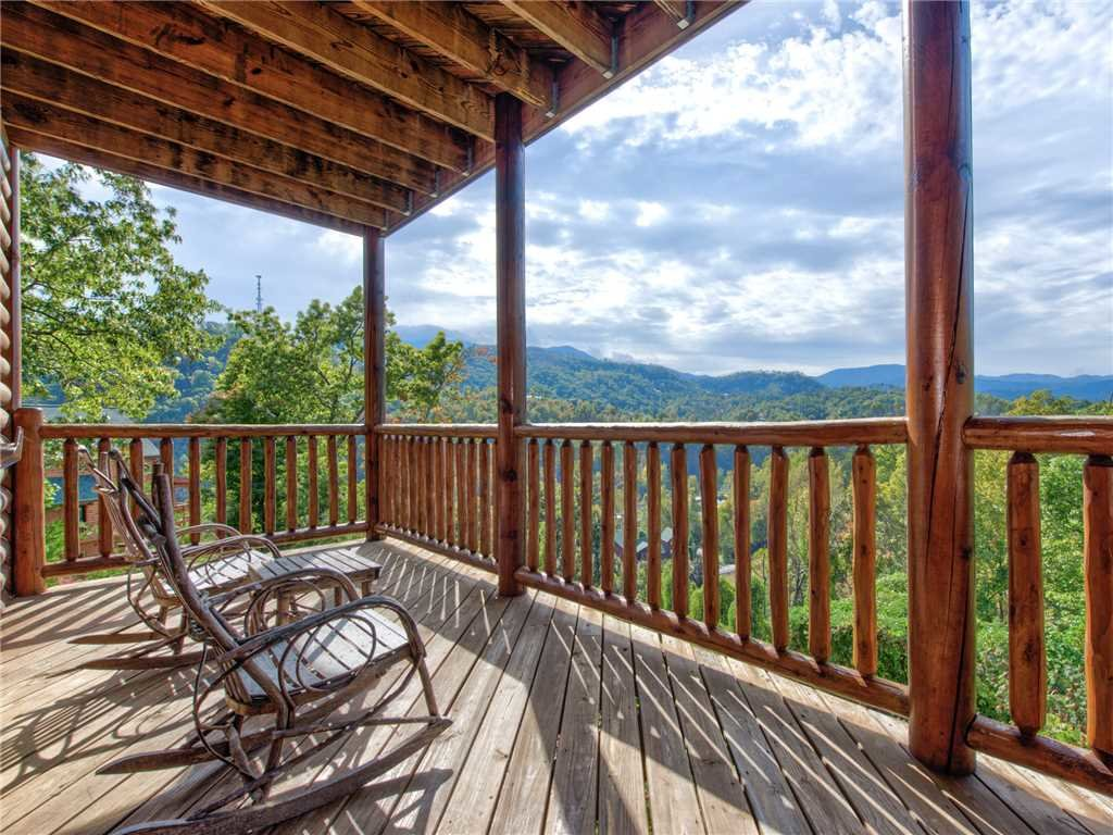 Photo of a Gatlinburg Cabin named Destiny's Heavenly View - This is the first photo in the set.