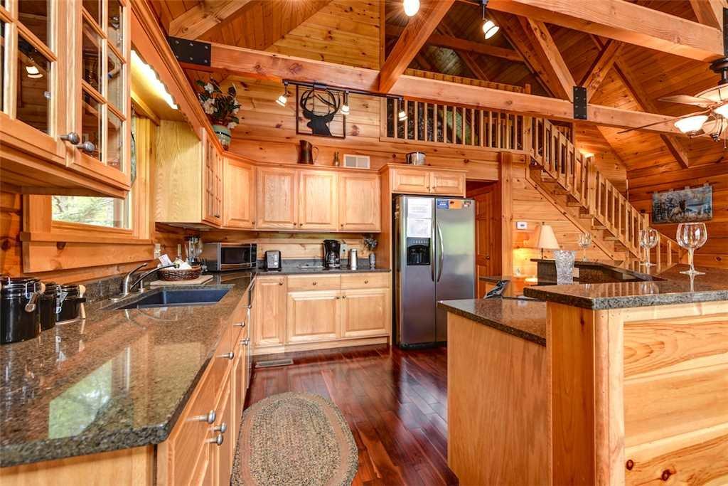 Elkhorn Lodge Cabin In Gatlinburg W 3 Br Sleeps10
