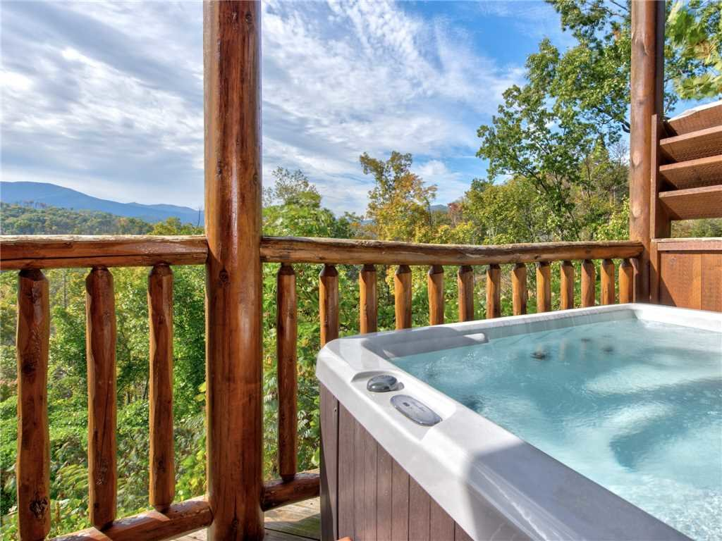 Photo of a Gatlinburg Cabin named Destiny's Heavenly View - This is the second photo in the set.