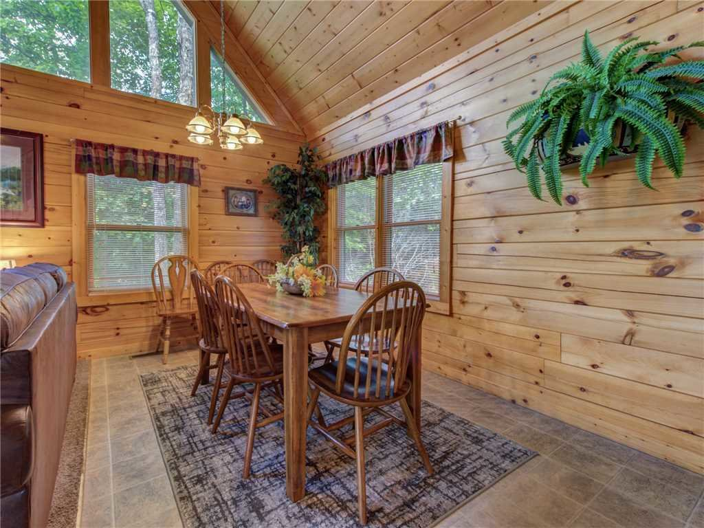 Photo of a Gatlinburg Cabin named Peace 'n Quiet - This is the fifth photo in the set.